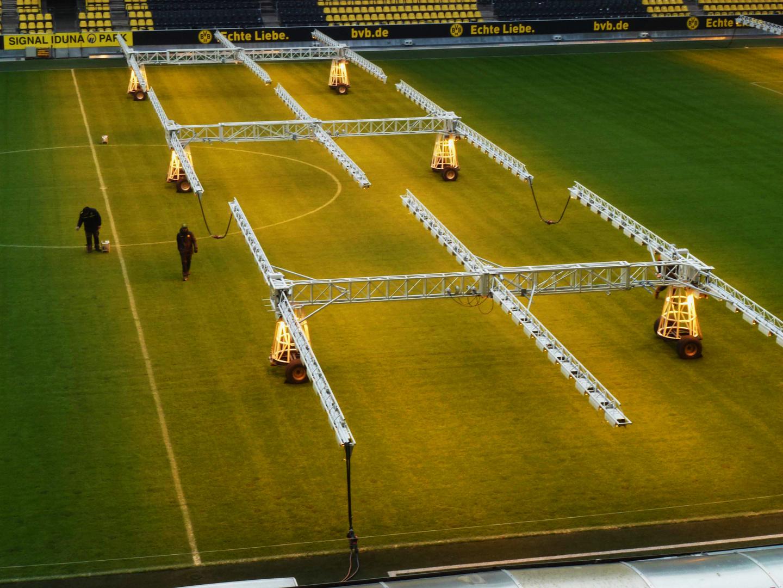 Spielrasendooping auf BVB in Dortmund.