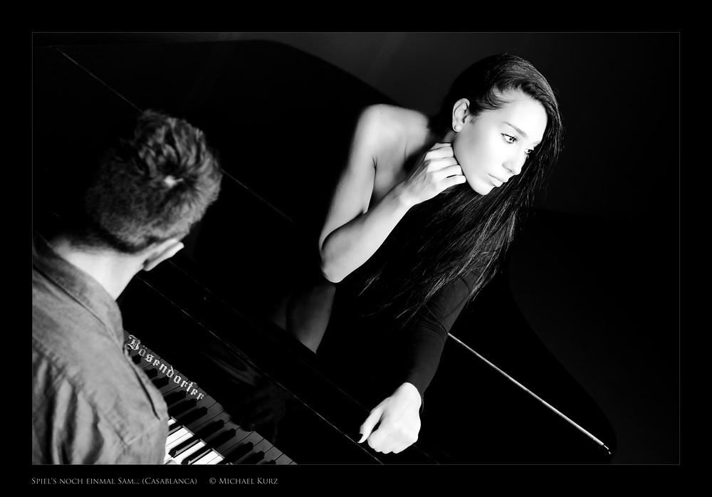 """""""Spiel's noch einmal, Sam..."""" © Michael Kurz 2014"""