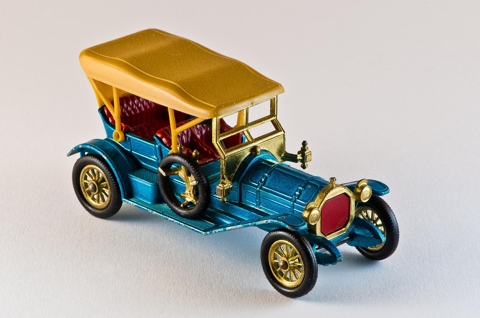 Spielzeugautos oldtimer foto bild stillleben