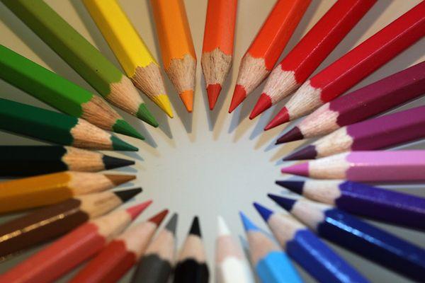 Spitzenfarben
