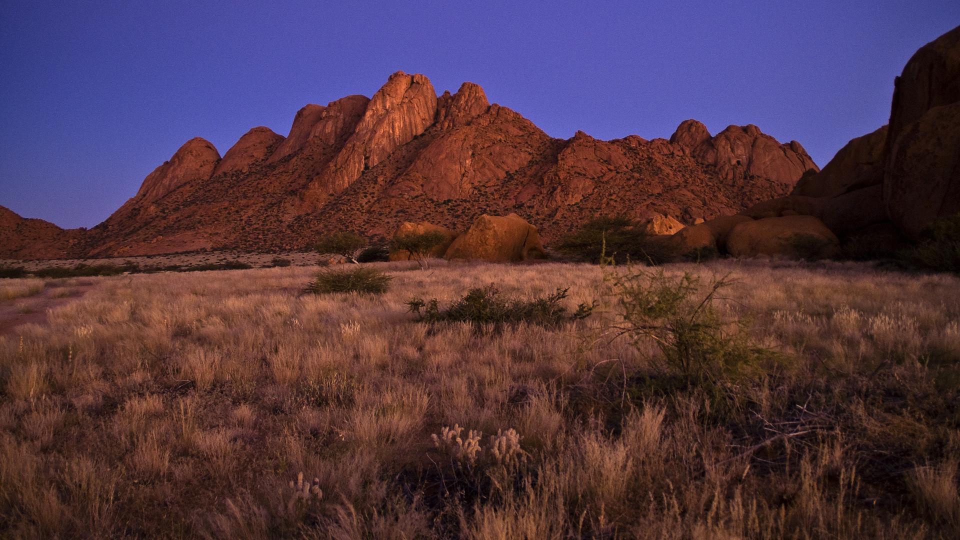 Spitzkoppe, Namibia, kurz nach dem Sonnenuntergang