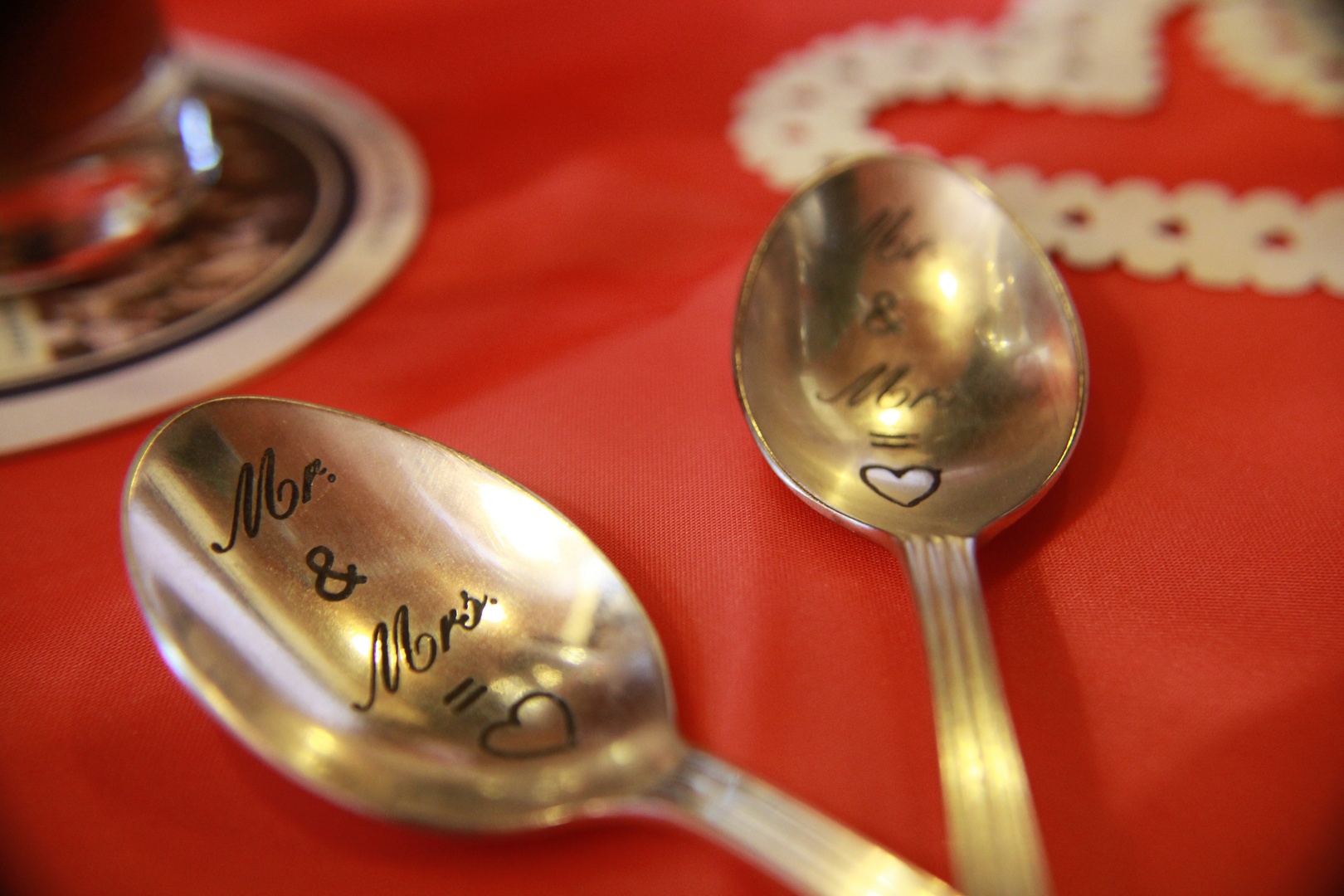 Spoon Mr. and Mrs.