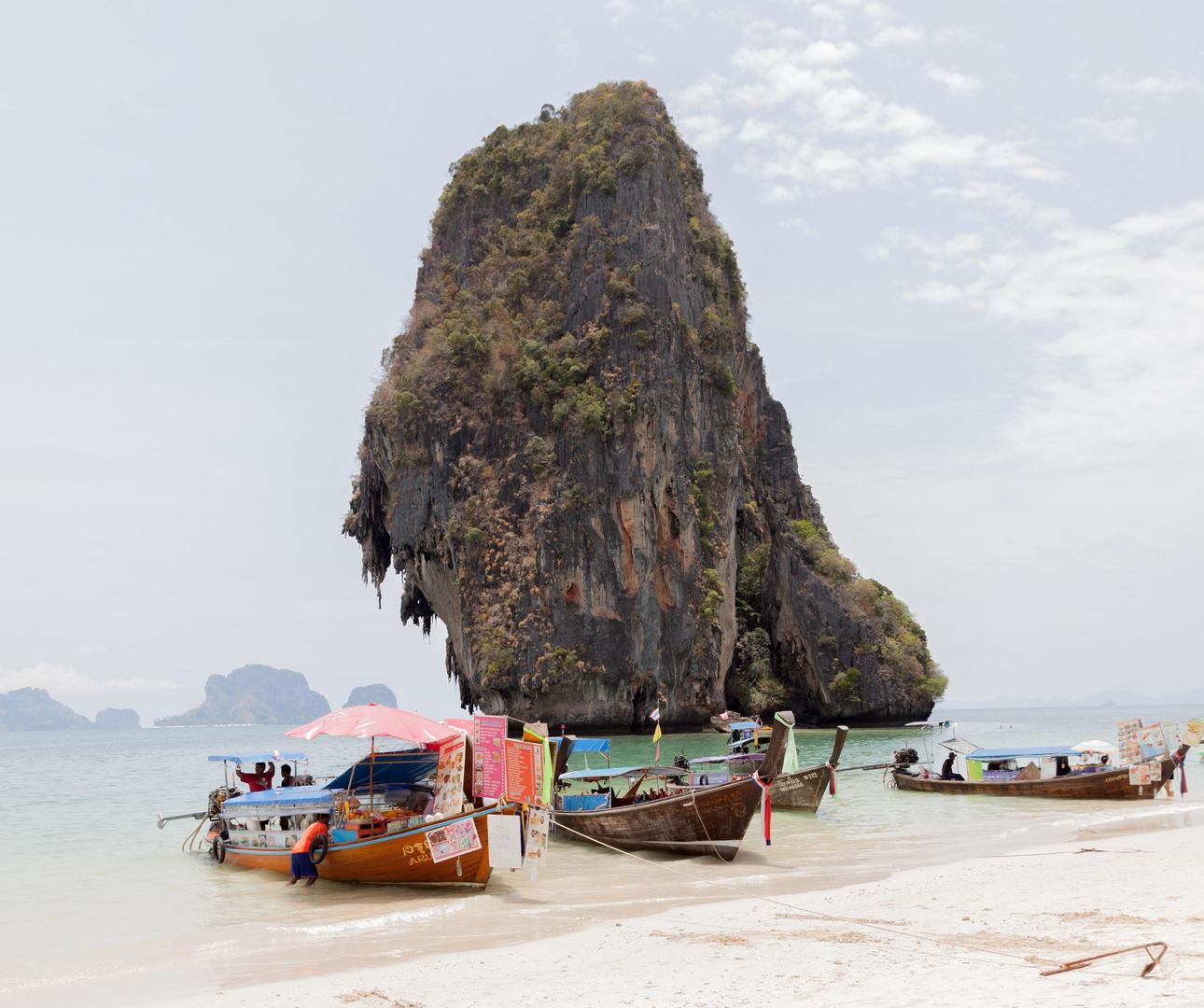 Spotmessung im grellen Licht am Phra Nang Beach
