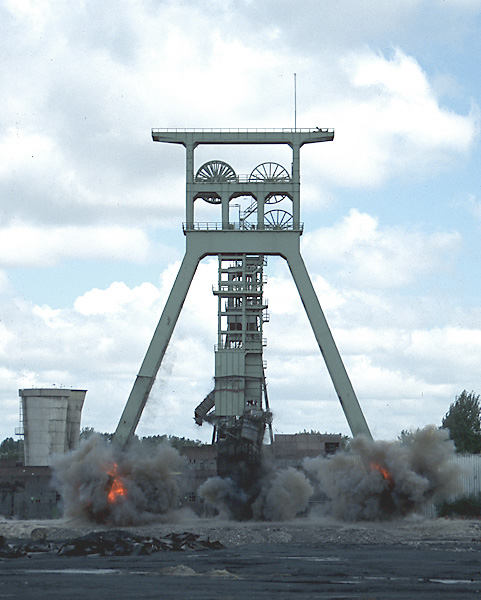 Sprengung Zeche Rheinpreußen Schacht Pattberg 1