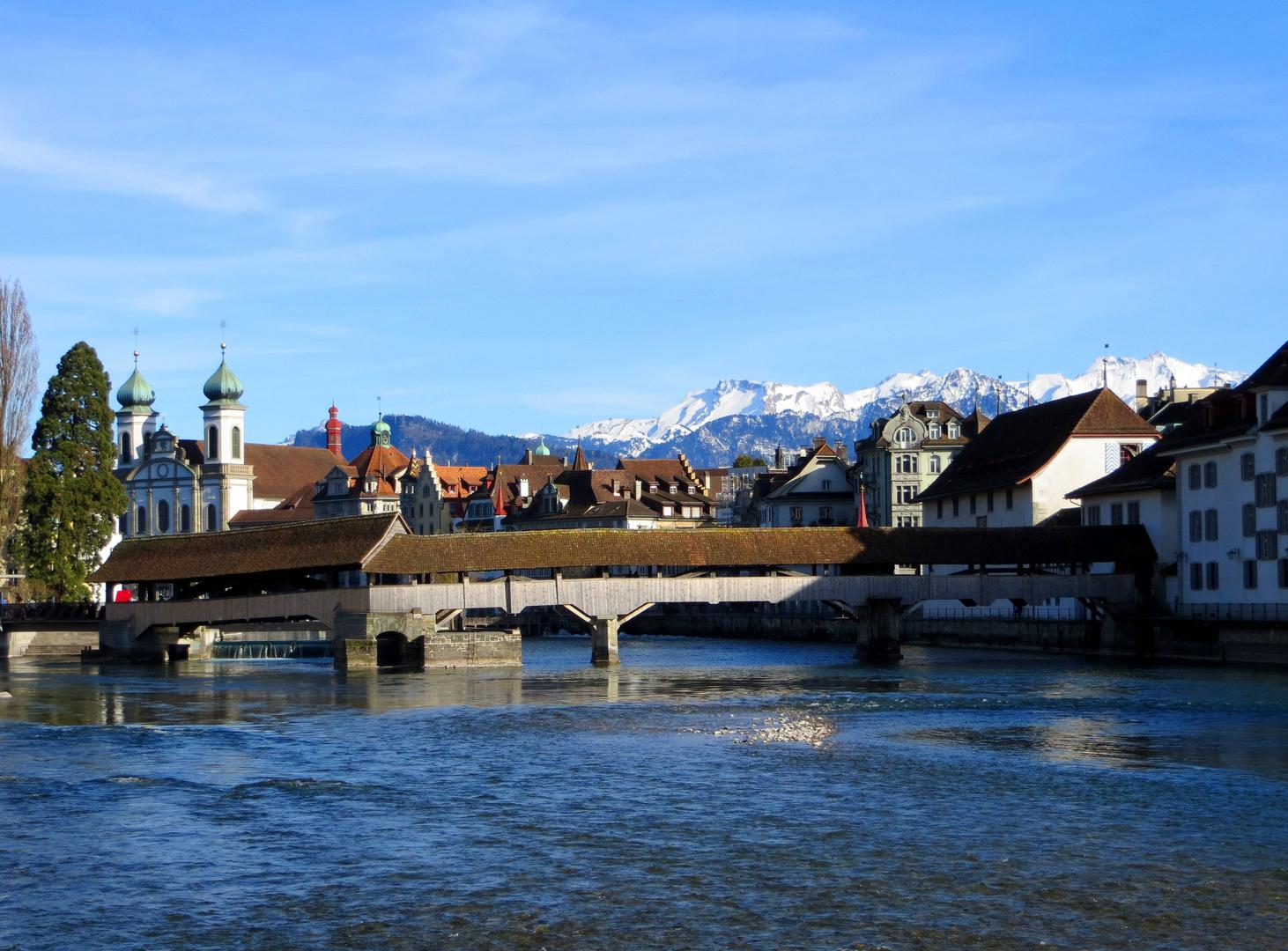Spreuerbrücke, Altstadt & Alpenpanorama ...