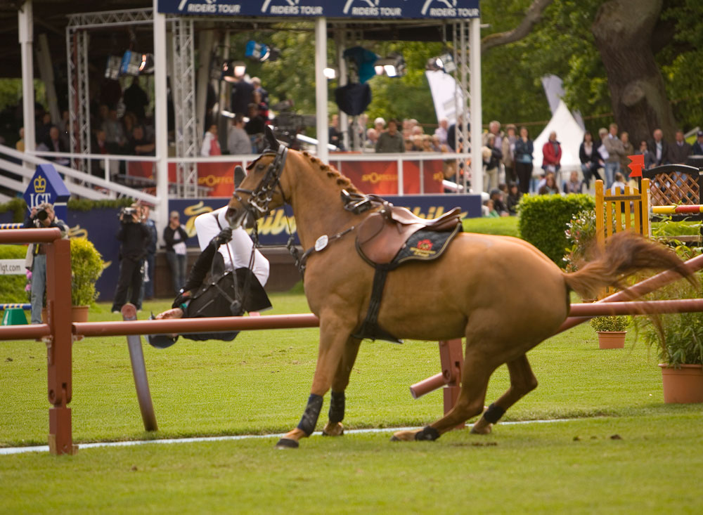 springderby klein flottbek 2009 iii foto bild sport hamburg pferde bilder auf fotocommunity. Black Bedroom Furniture Sets. Home Design Ideas