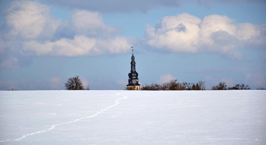 | Spur im Schnee |