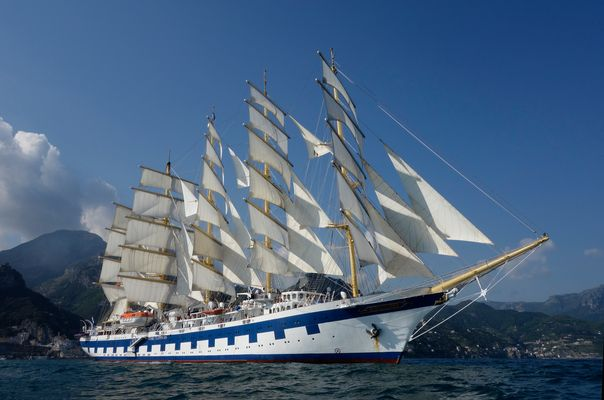 SPV Royal Clipper vor Amalfi