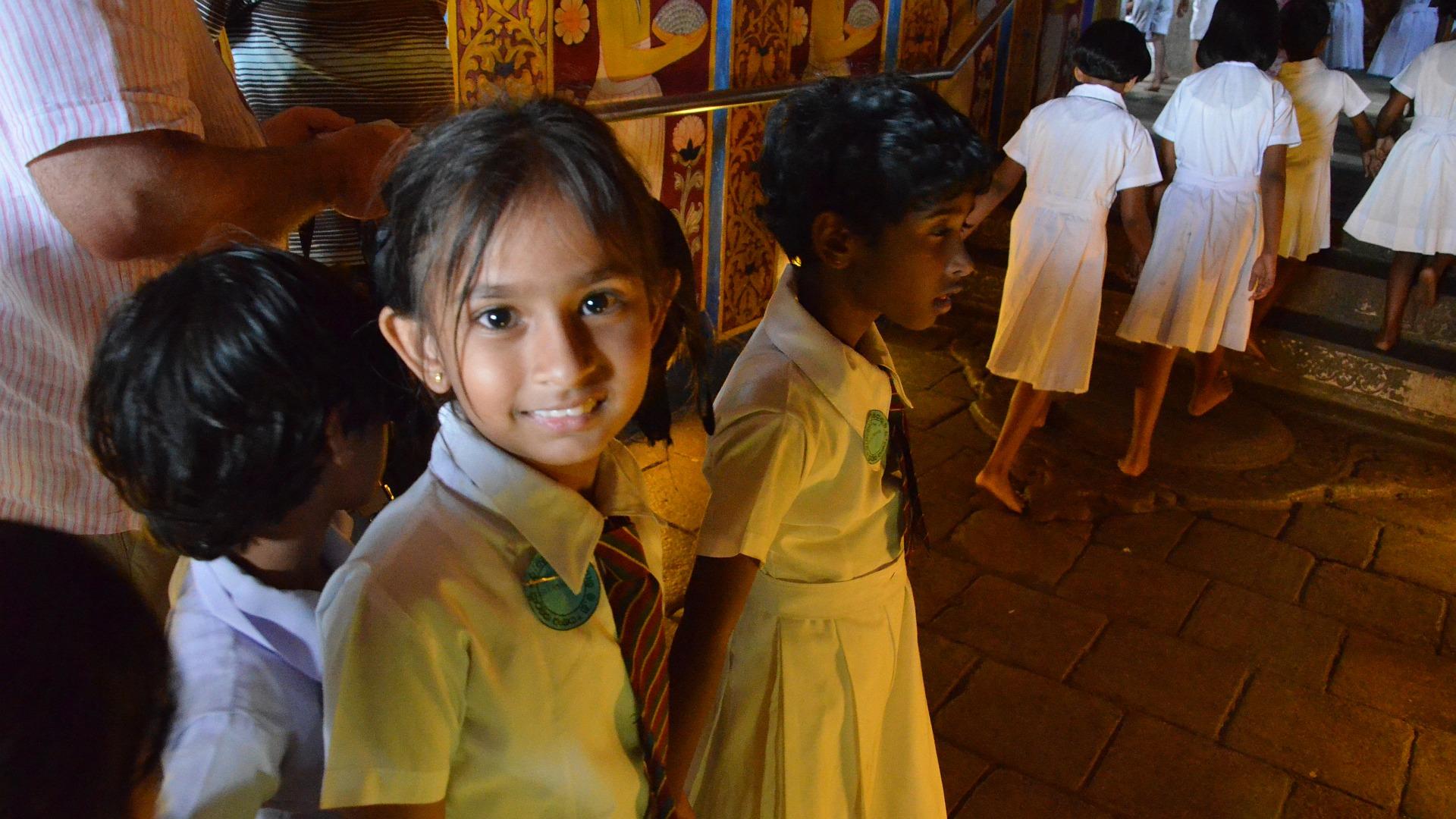 Sri Lanka - Kandy - Schülerinnen