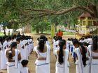 SRI LANKA - Überall viel Glauben