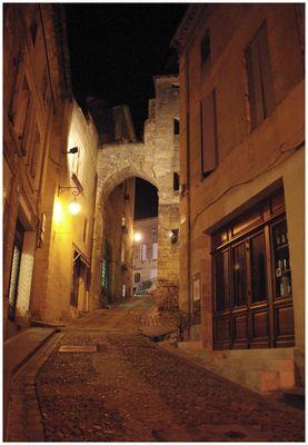St Emilion la nuit.