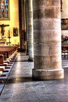 St. Georg Kirche - Säulen