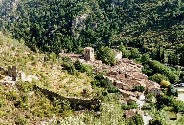 St Guilhem le Désert 1 (Hérault, Languedoc, SüdFrankreich) (reload)