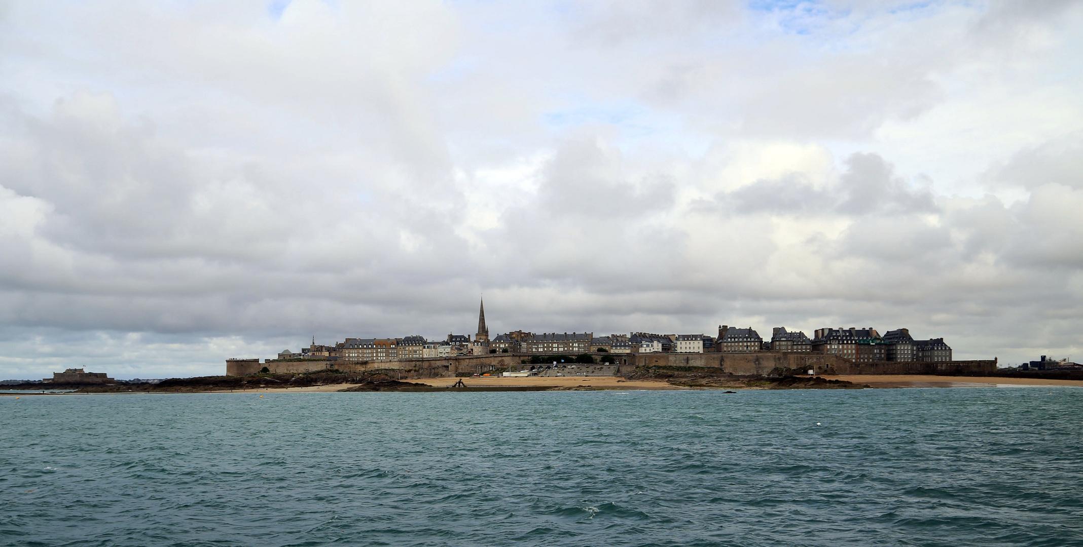 St Malo vue de la mer