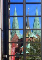 St. Marien im Spiegel