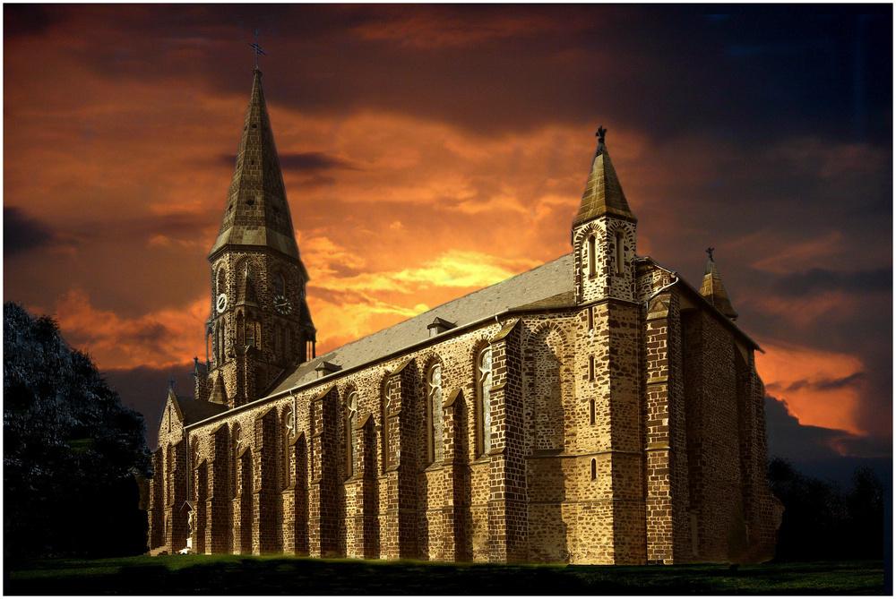 St. Mauritius Koblenz-Rübenach (Abendrot)