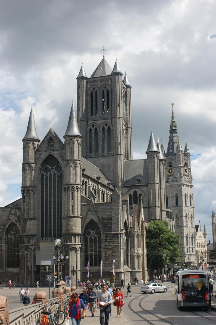 St-Niklaaskerk und Belfort in Gent
