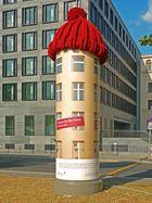 Staatsbesuch: Die größte Pudelmütze der Welt?