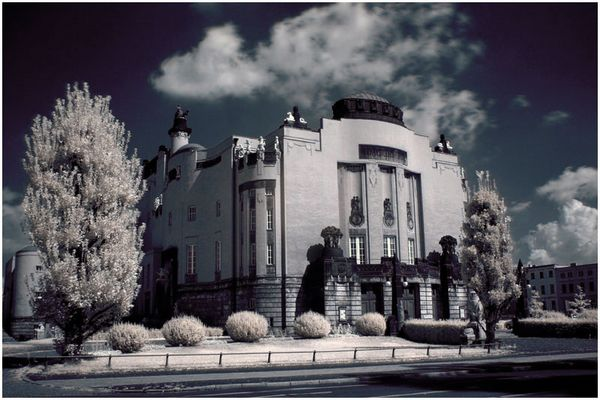 Staatstheater Cottbus in Infrarot