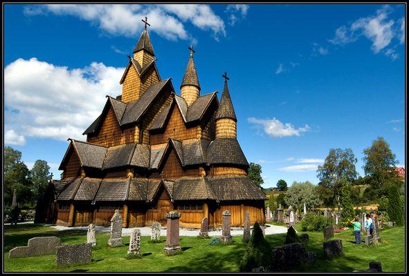 Stabkirche Heddal (1)