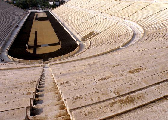 ----- Stadion )
