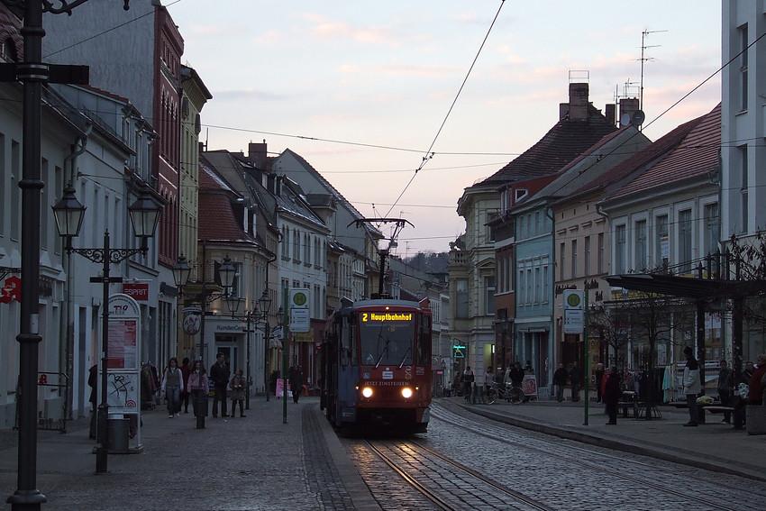 Stadt Brandenburg - Sie kommt -