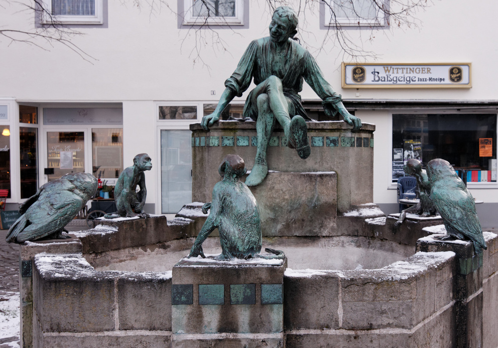 Stadtansichten - Eulenspiegel-Brunnen