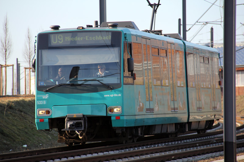Stadtbahn U9 auf dem Riedberg