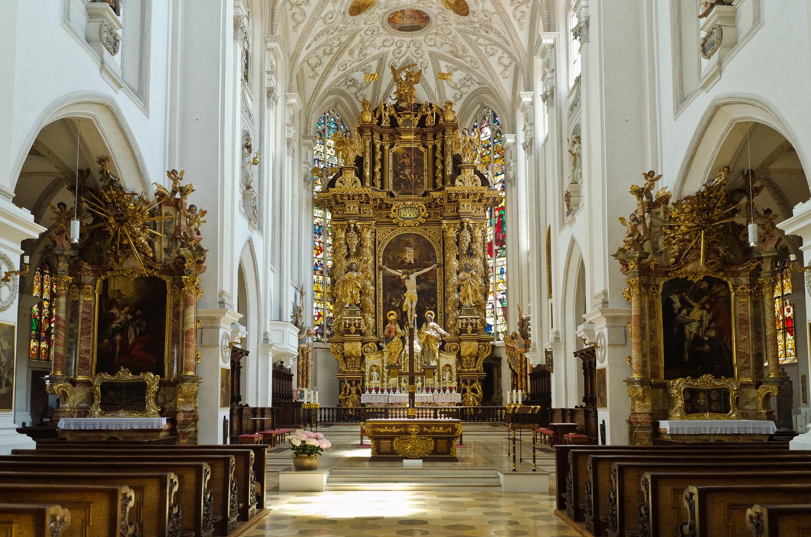 Stadtpfarrkirche St. Mariä Himmelfahrt - Landsberg am Lech (2)