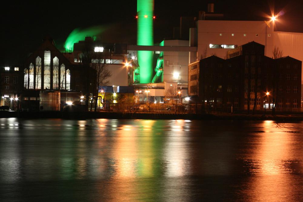 Stadtwerke Flensburg by night