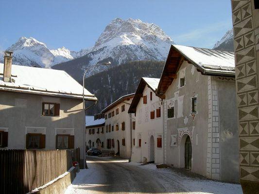 Städtchen Scuol (Schuls) Engadin, Graubünden