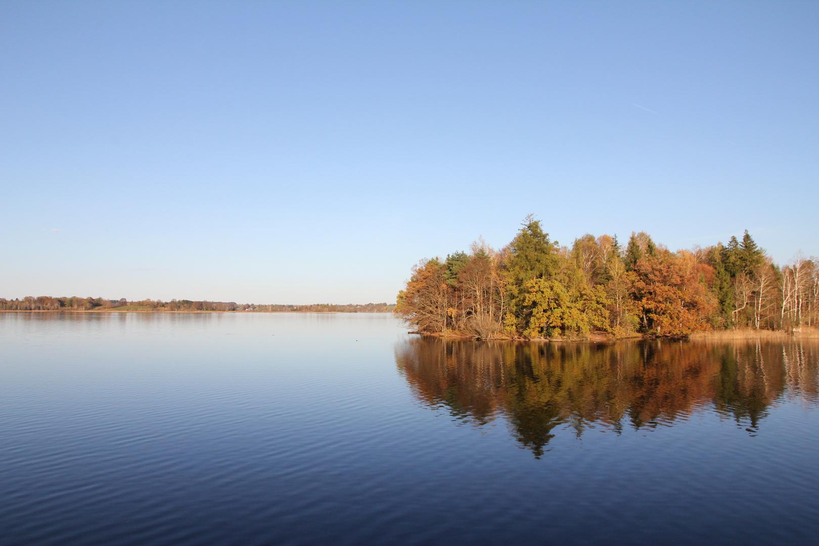 Staffelsee im Herbst