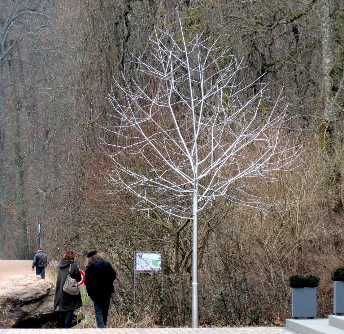 Stahl-Baum