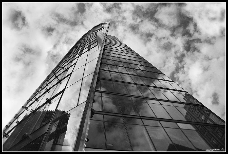 Stahl-Glas-Beton