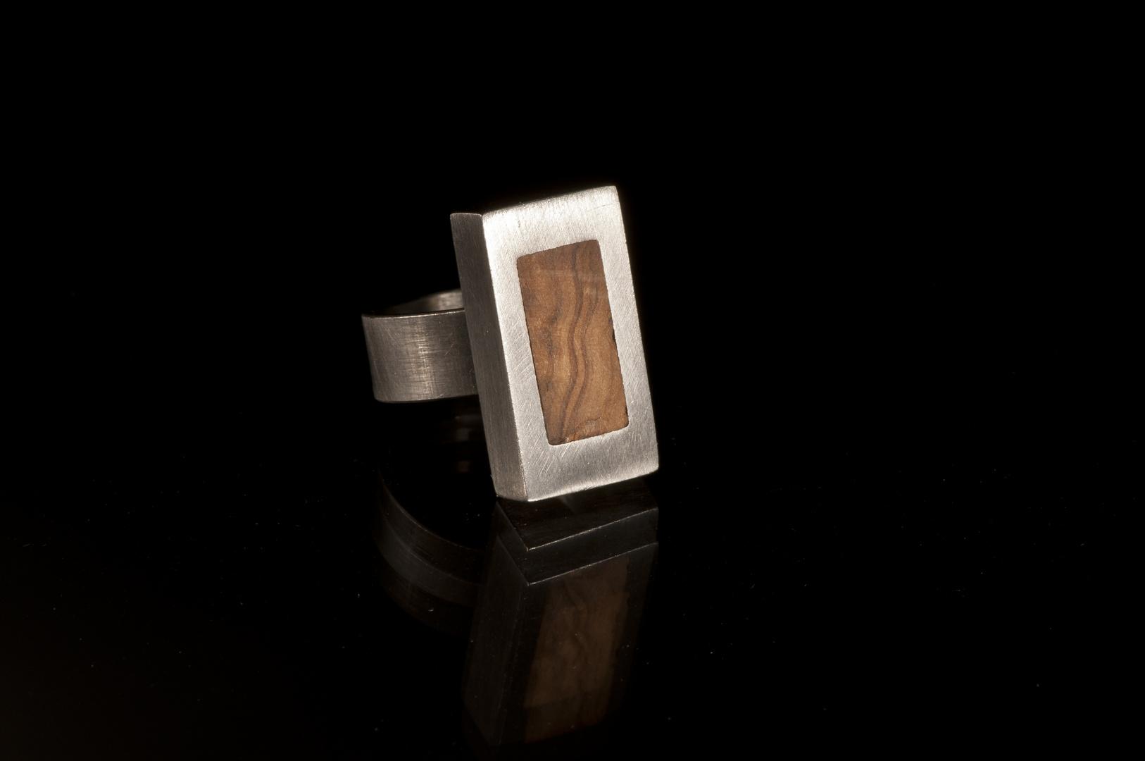 Stahl Holz eckig