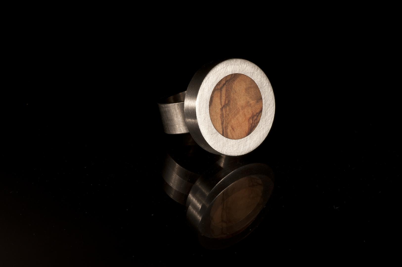 Stahl Holz rund