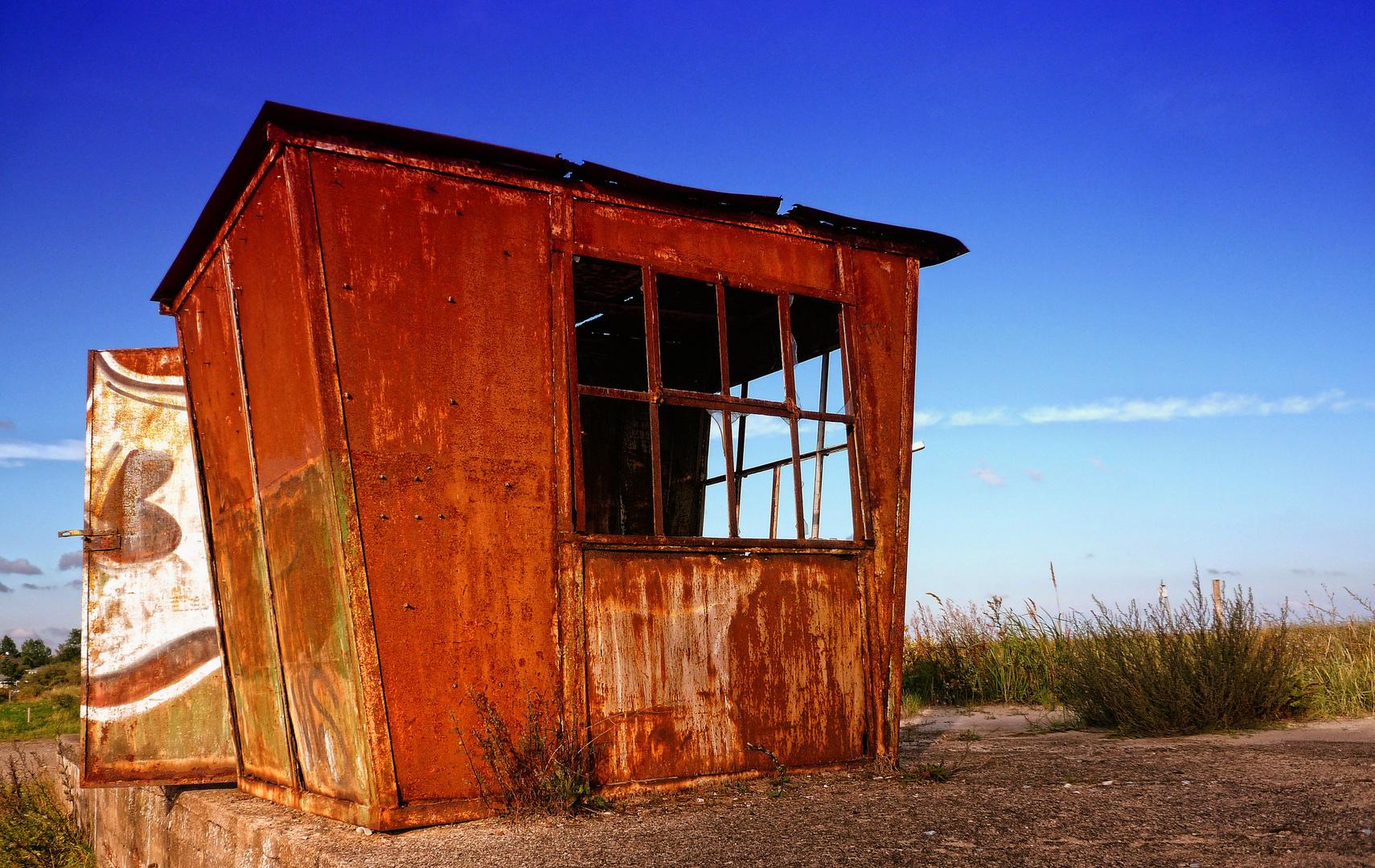 Stahl Hütte am Meer auf Usedom