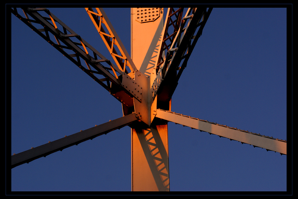 Stahl im Abendlicht