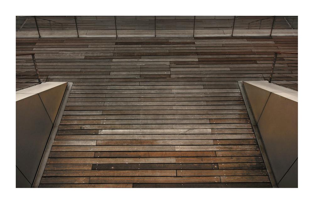 Stahlbeton, Stahl und Holz