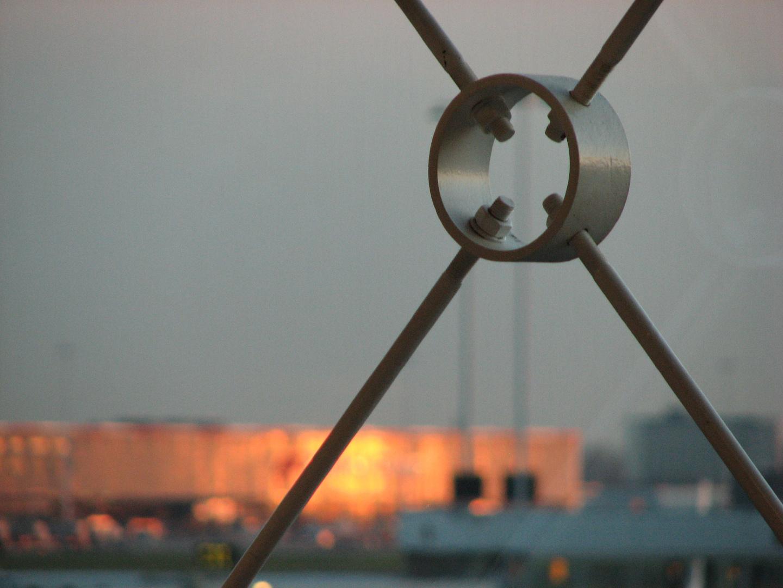 Stahlkonstruktion im Abendlicht