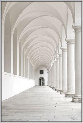 Stallhof - Dresden