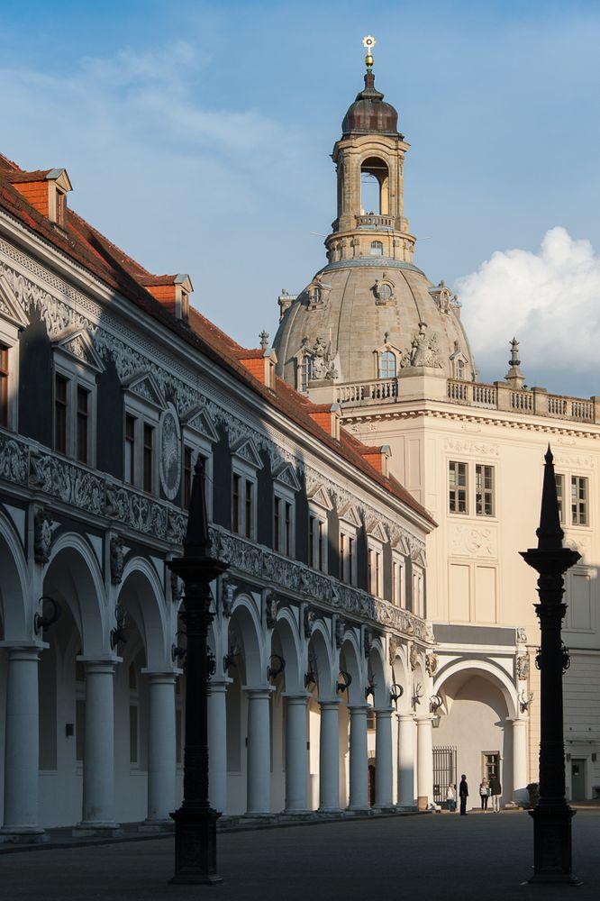 Stallhof und Frauenkirche