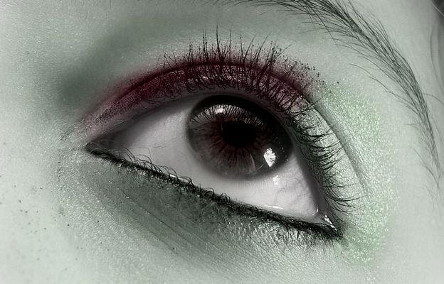 ~Staring~