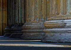 starke Säulen