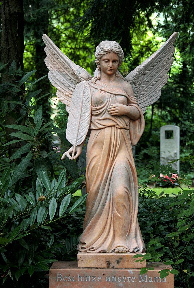 Stattlicher Engel