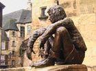 Statue à Sarlat (24)