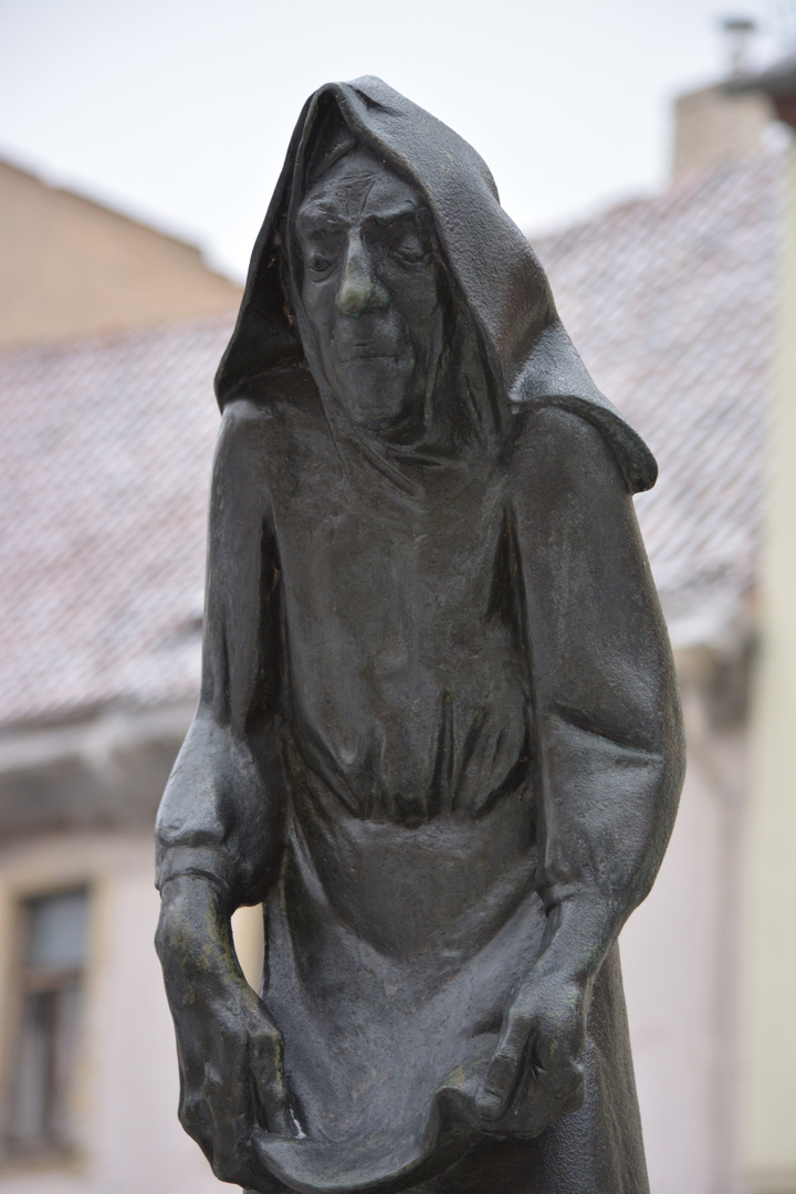 Statue am Knappenbrunnen