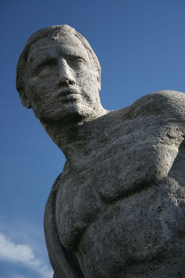 Statue an der Reichenbachbrücke