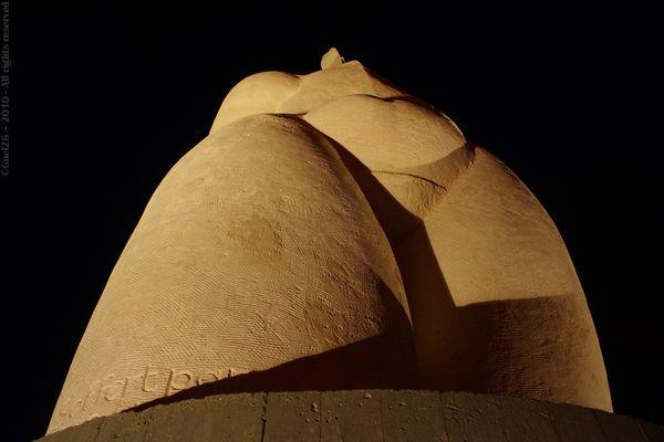 ... Statue ...
