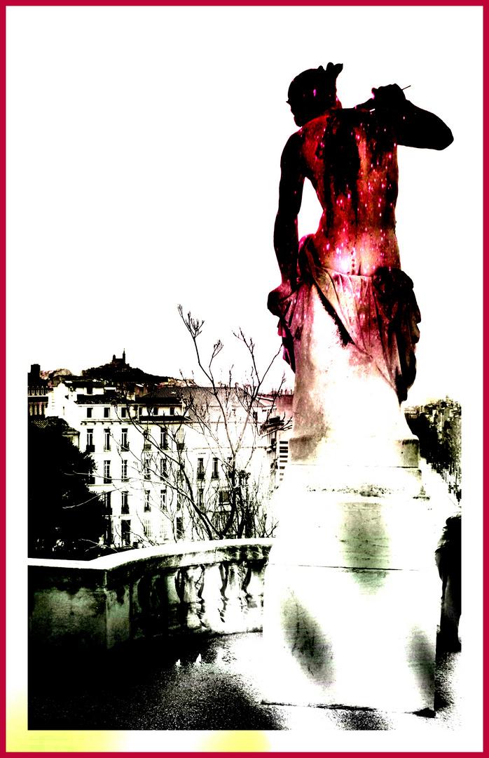 Statue de femme - Palais Longchamp - Marseille